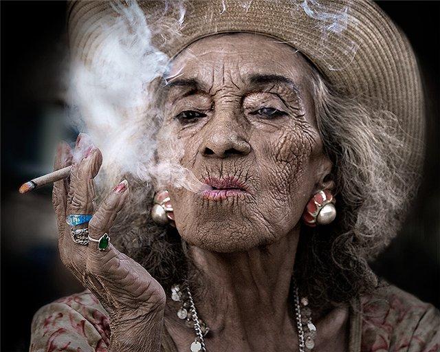 Фотостарение: связь с курением и лишним весом
