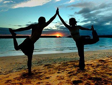 Кундалини йога для женщин: худеем с пользой